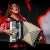 Weird Al hits the right note